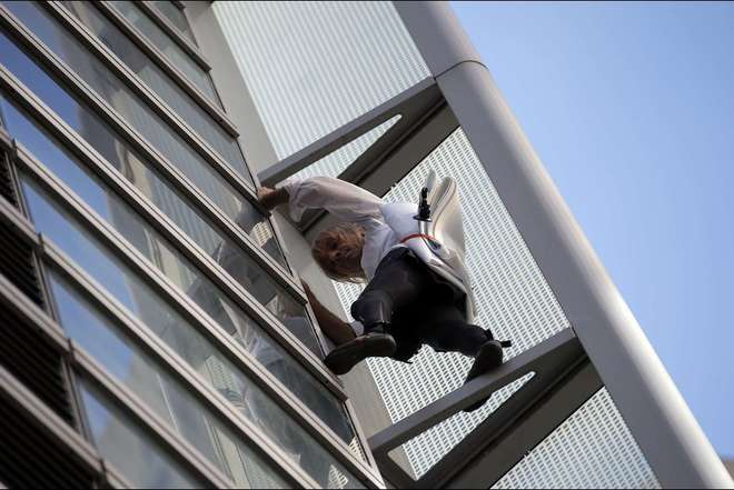 Alain Robert, le Spiderman français-2