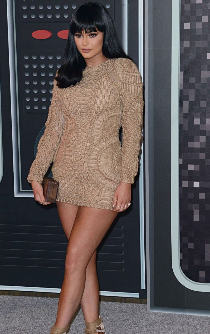 Kylie-Jenner-MTV-VMA-awards-2015-720x1142