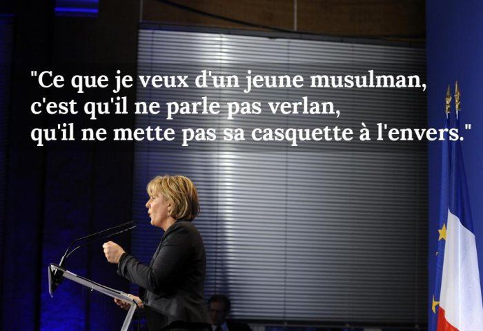 Lors d'un débat sur l'identité nationale à Charmes (Vosges), le 14 décembre 2009