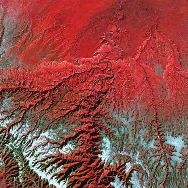 NASA13-L.jpg