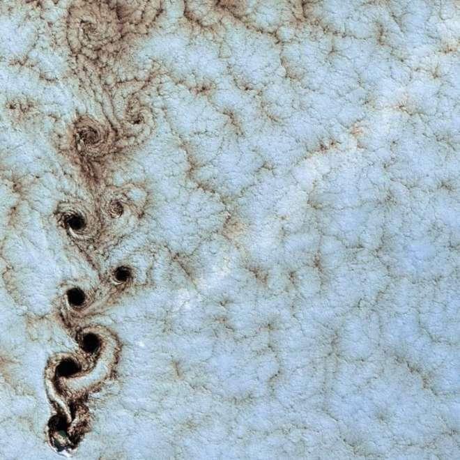 NASA25-L.jpg