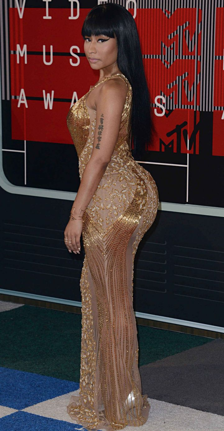 Nicky-Minaj-MTV-VMA-awards-2015-720x1384
