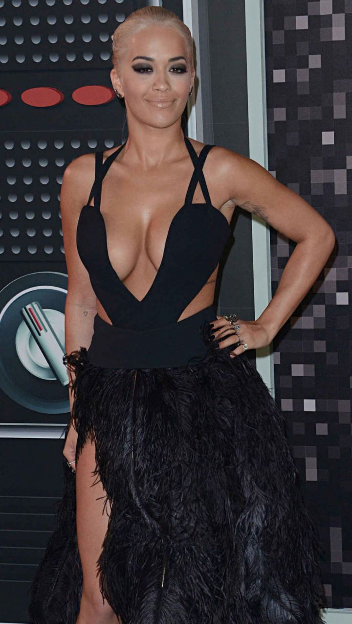Rita-Ora-MTV-VMA-awards-2015-720x1275