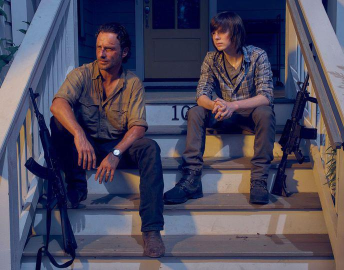 w_7779738995-andrew-lincoln-as-rick-grimes-and-chandler-riggs-as-carl-grimes
