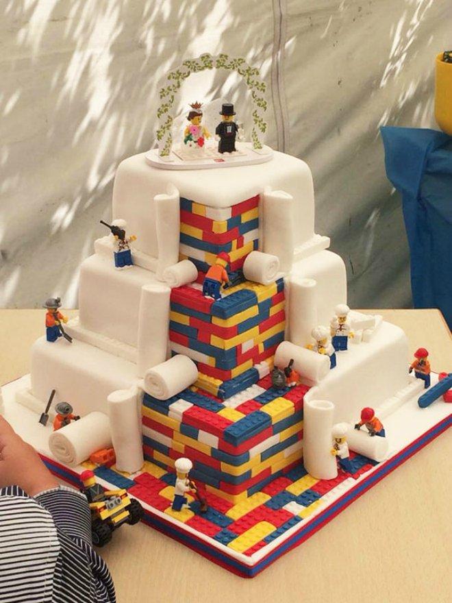 cake lego 660