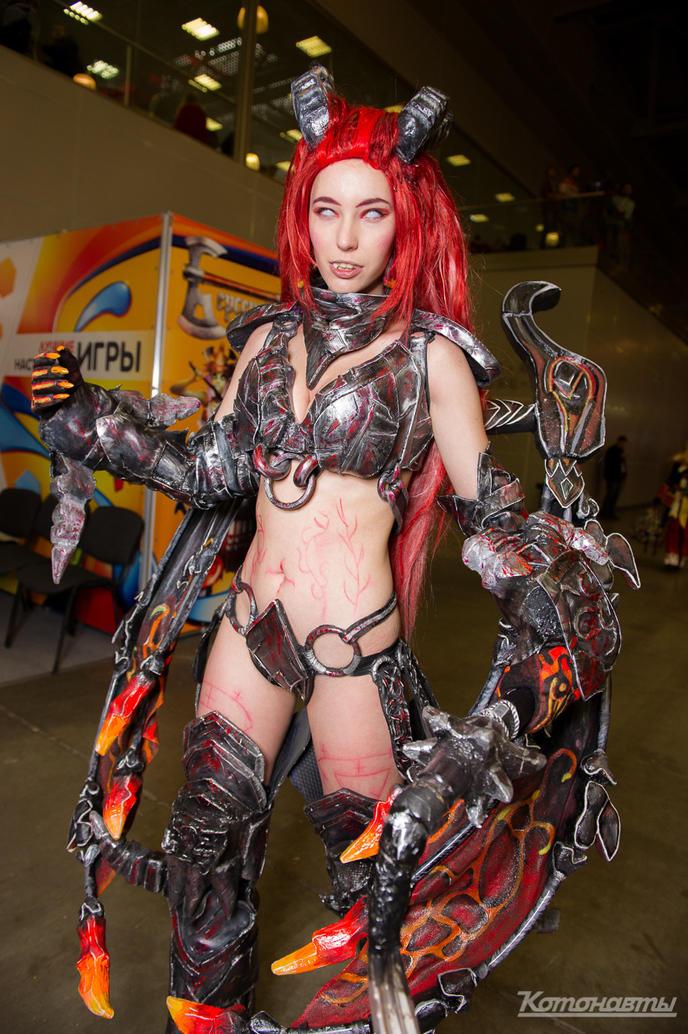 w_cosplay-igromir-comiccon-russia-day-1-40