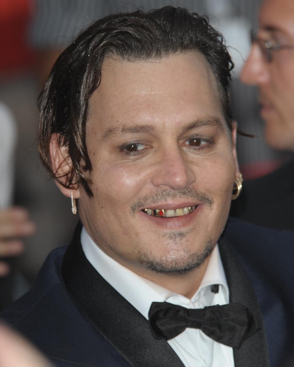 Johnny Depp méconnaissable, les photos chocs - Breakforbuzz Johnny Depp Broke
