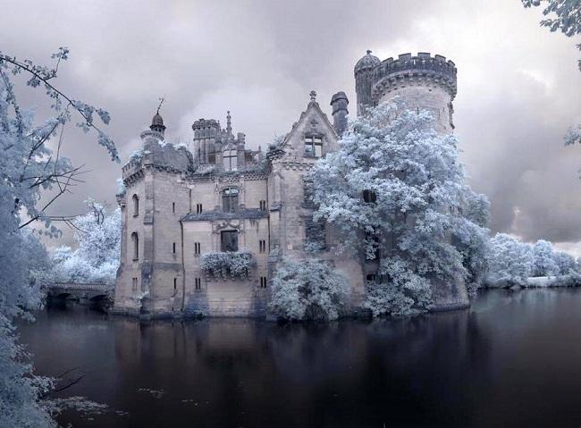 Chateau-paysage-enneigé