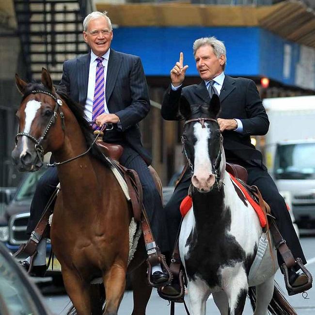 David-Letterman-et-Harrison-Ford-sur-des-chevaux