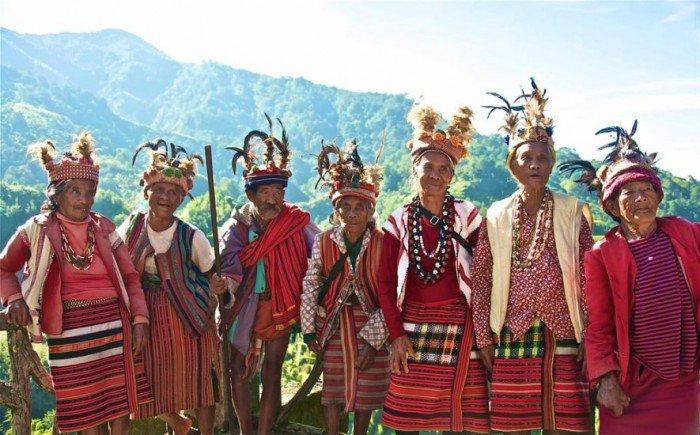 inugao-tribe-banaue-philippines