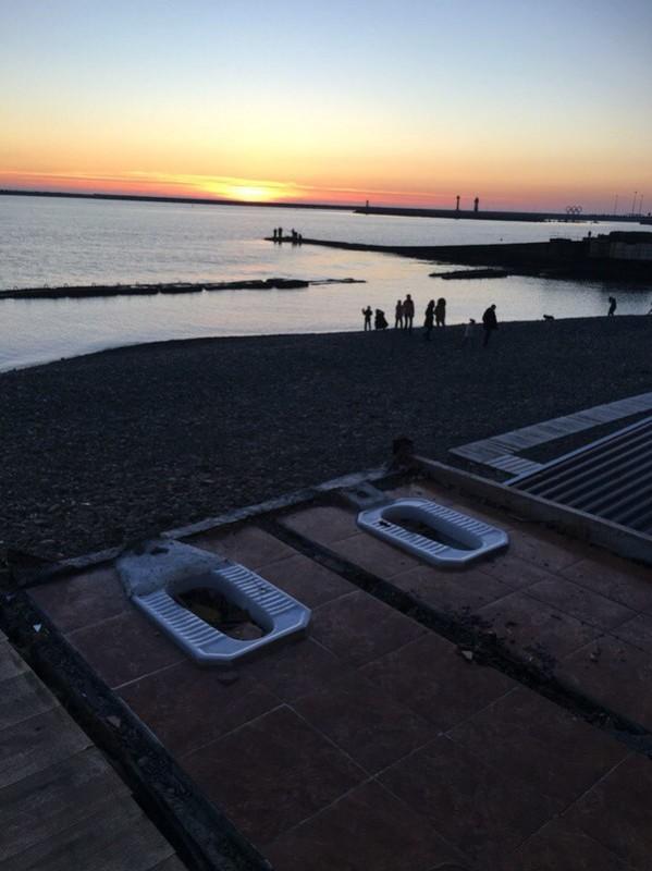 tolettes-turques-coucher-de-soleil