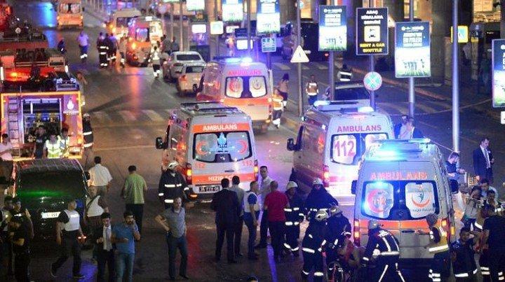 attentat-aeroport-istanbul-kamikazes-explosions-2