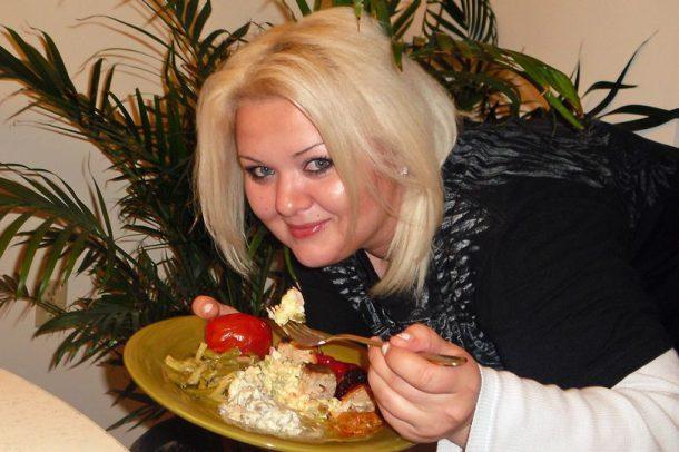 Alvina-Rayne-obese1-610x406