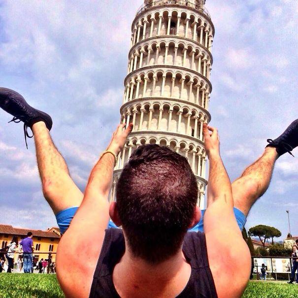 20 fois o des touristes se sont bien marr es devant la tour de pise brea - La tour de pise se redresse ...