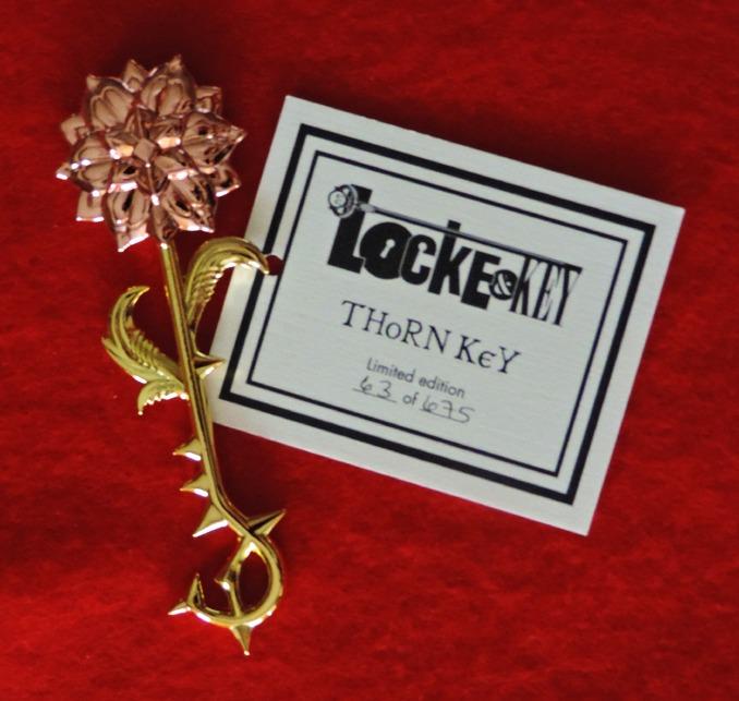 locke-key-toutes-les-cles-du-comics-et-de-la-saison-1-cle-epine-thorn-key