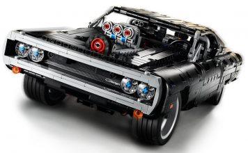 La-Dodge-Charger-de-Dom-dans-Fast-Furious-en-LEGO